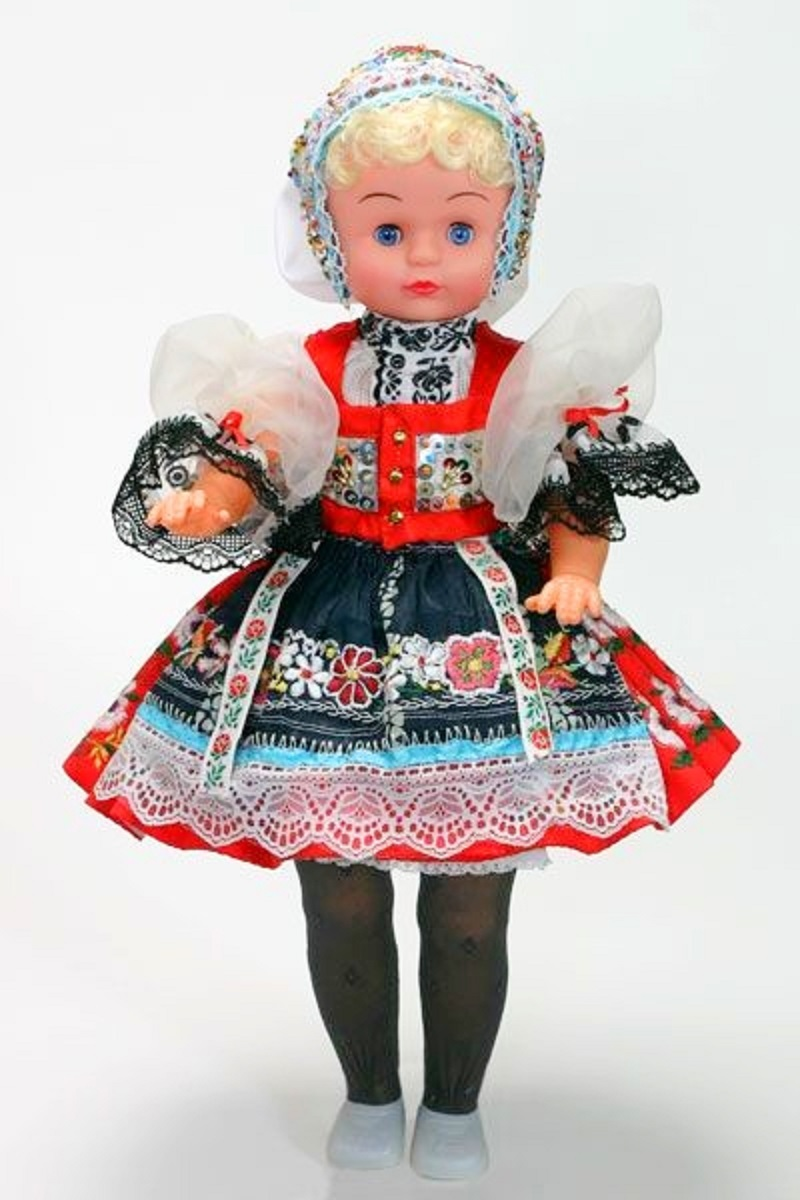 Newer doll from the 2000s.