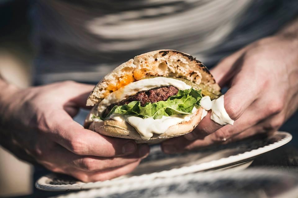 angusfarm-burger