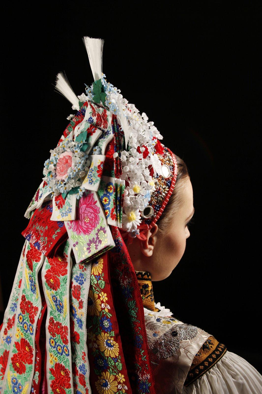 Kroj-bridal-headwear-2