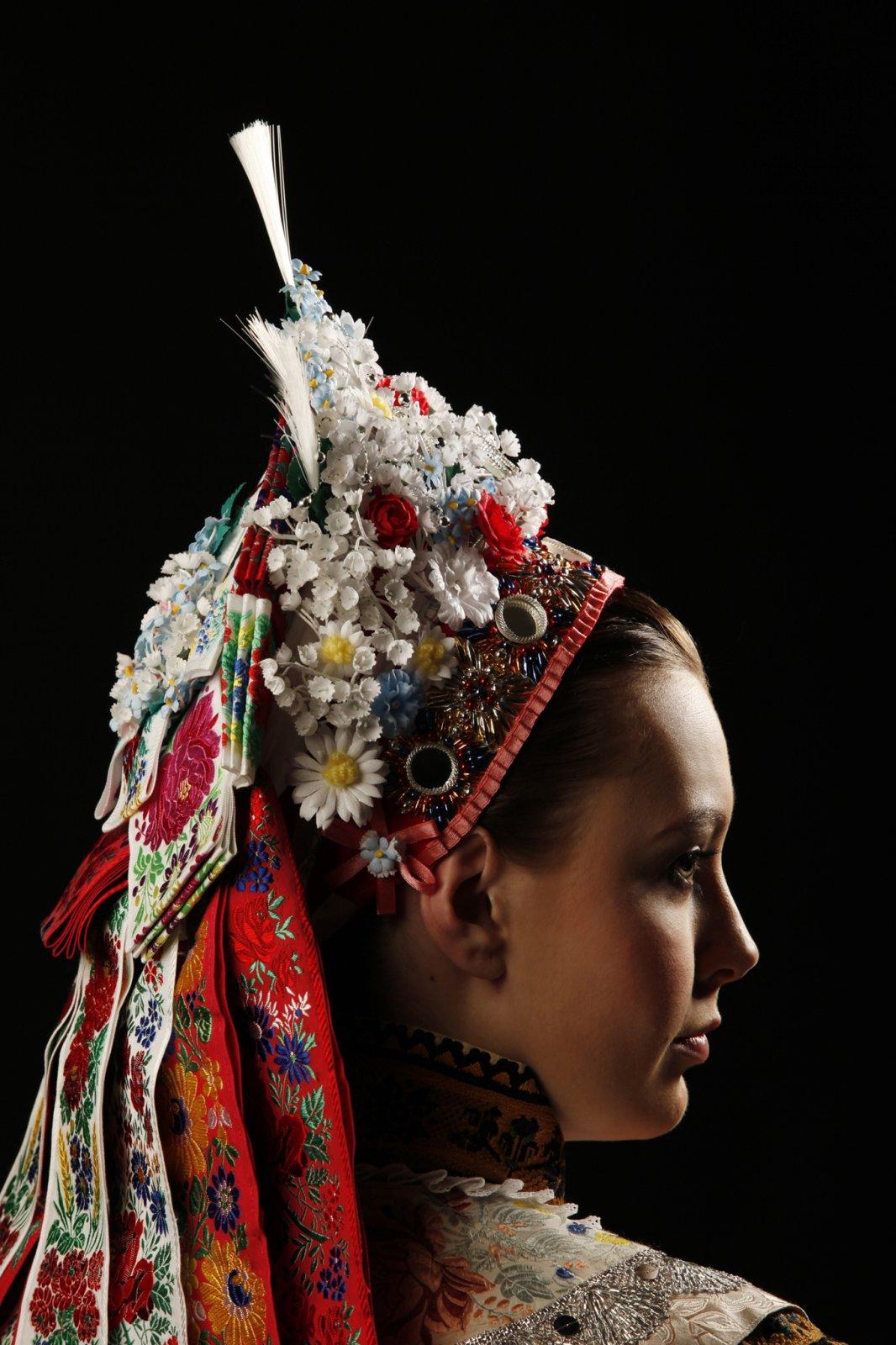 Kroj-bridal-headwear-3