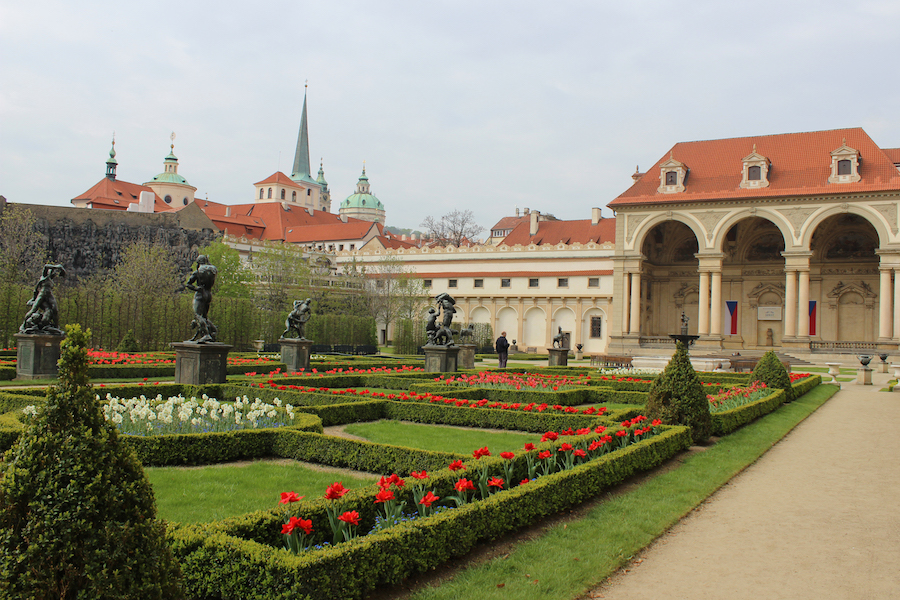Prague-Palace-Garden-Tres-Bohemes