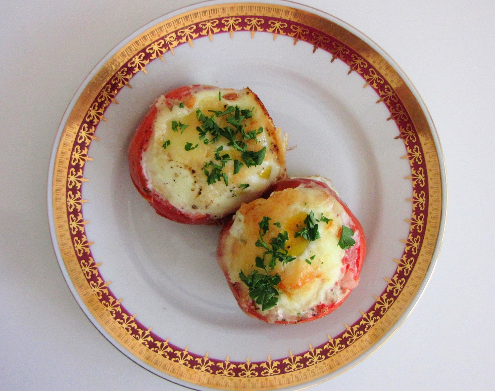 tomatoes-filled-with-cheese-and-egg-5