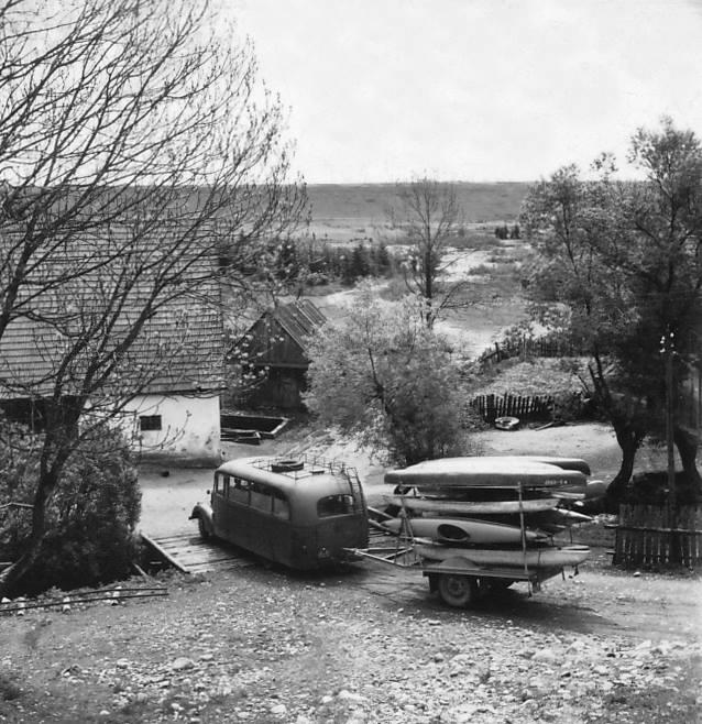 vilem-hekel-canoe-3