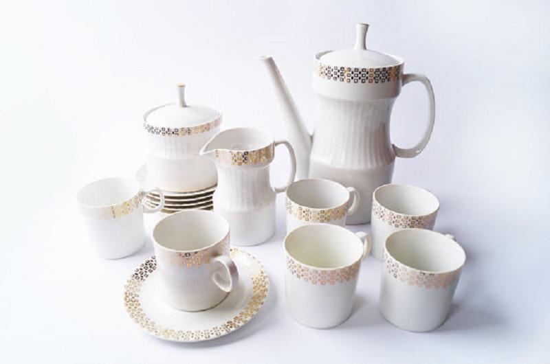 vintage-czech-tea-service-jezek-nefertiti