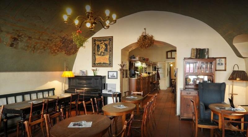 cafe-montmartre-5b