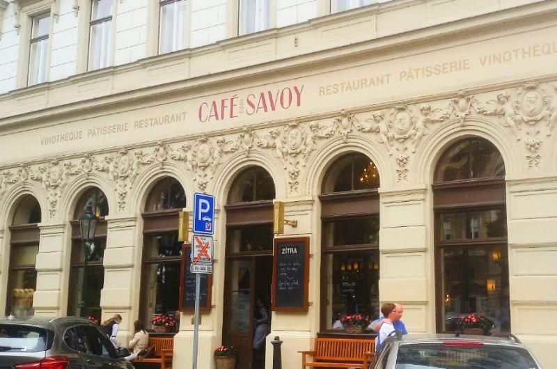 cafe-savoy-12