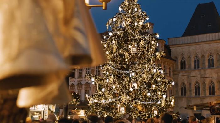 christmas-market-christmas-tree-tres-bohemes