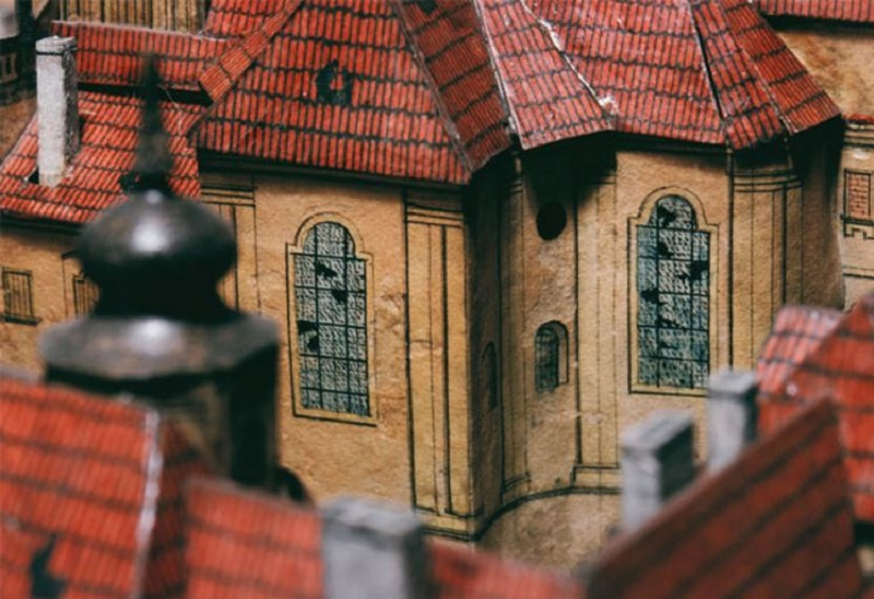 Detail of the model. Hradčany. Broken windows in the Church of St. John of Nepomuk. Photo: Miroslav Fokt,