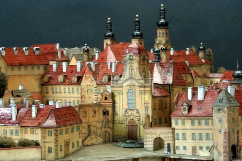 paper-models-of-prague-6