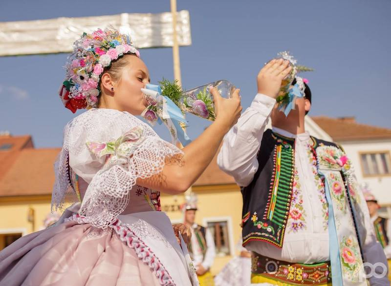 30-the-hody-folk-festival-of-velke-bilovice-tres-bohemes