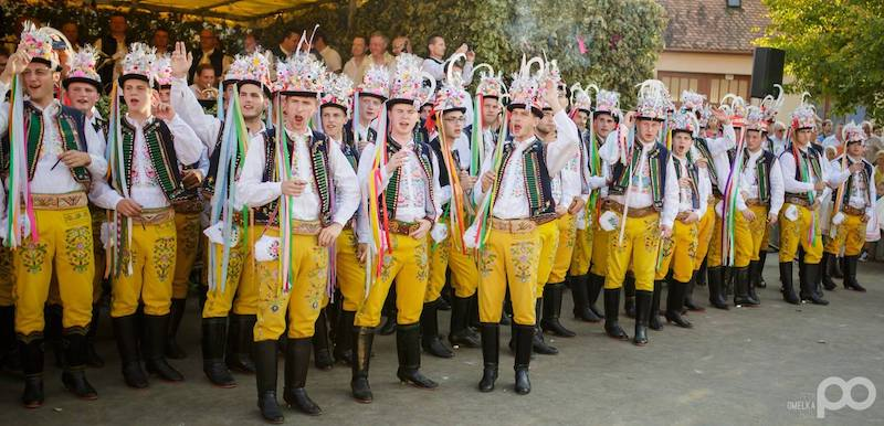 5-the-hody-folk-festival-of-velke-bilovice-tres-bohemes