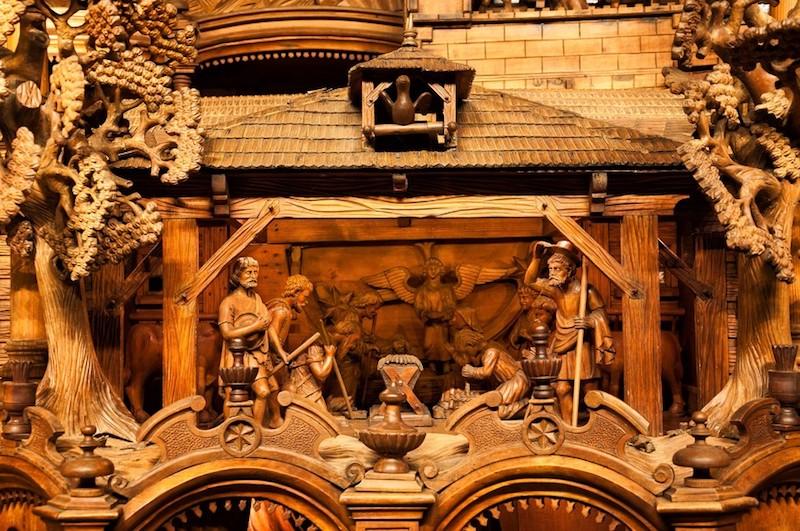 The-Mechanical-Christmas-Crib-of-Třebechovice-Tres-Bohemes-1