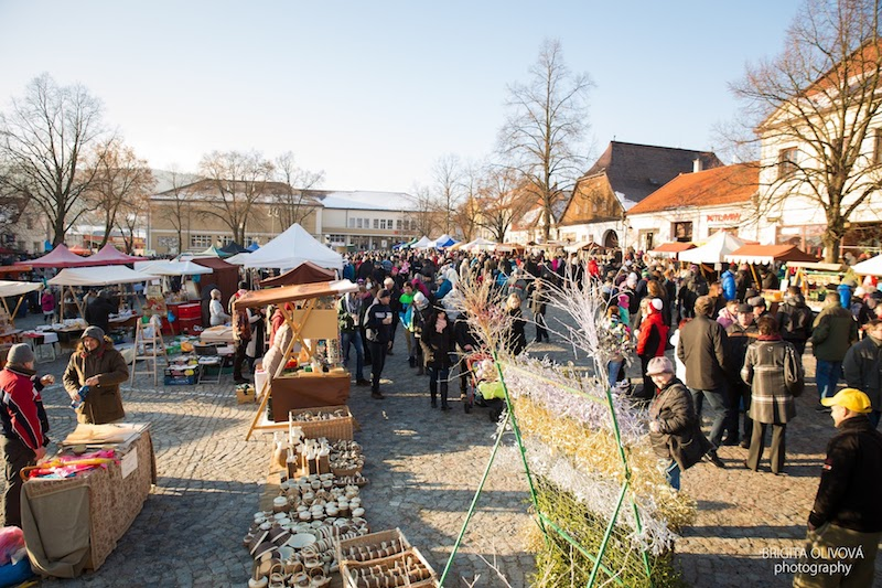 the-wallachian-st-nicholas-market-tres-bohemes-26
