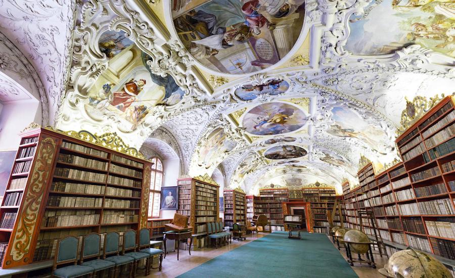 Strahov-Monastery-Tres-Bohemes-1