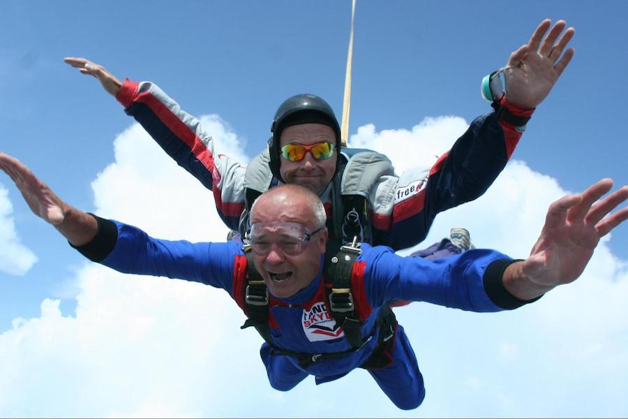 Prague-Skydiving-Tres-Bohemes-2