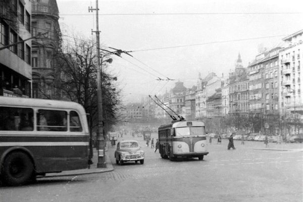 The-Forgotten-Trolleybuses-of-Prague-Tres-Bohemes-3