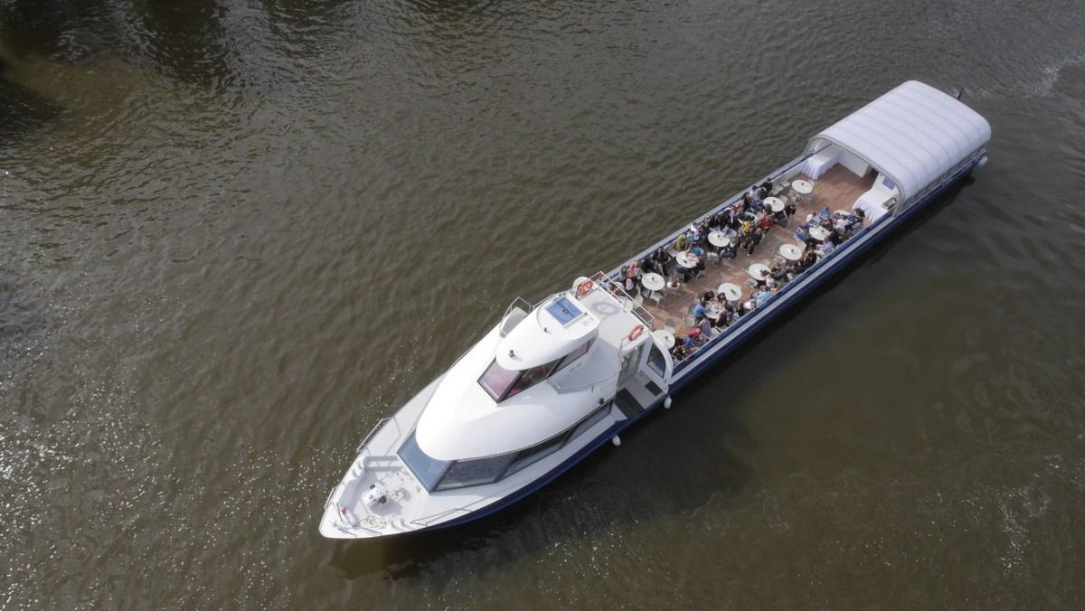 Grand-Bohemia-Boat-Tres-Bohemes-3