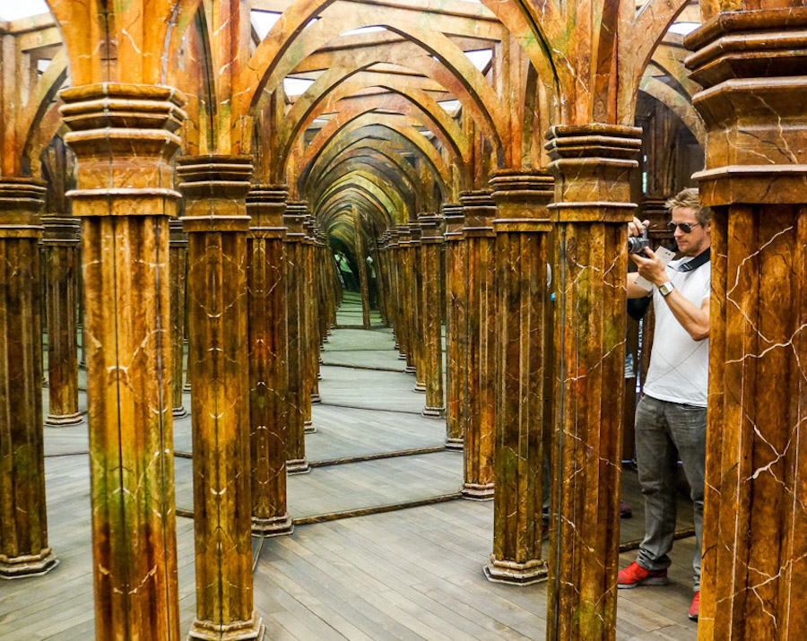 Mirror-Maze-Prague-Tres-Bohemes-2