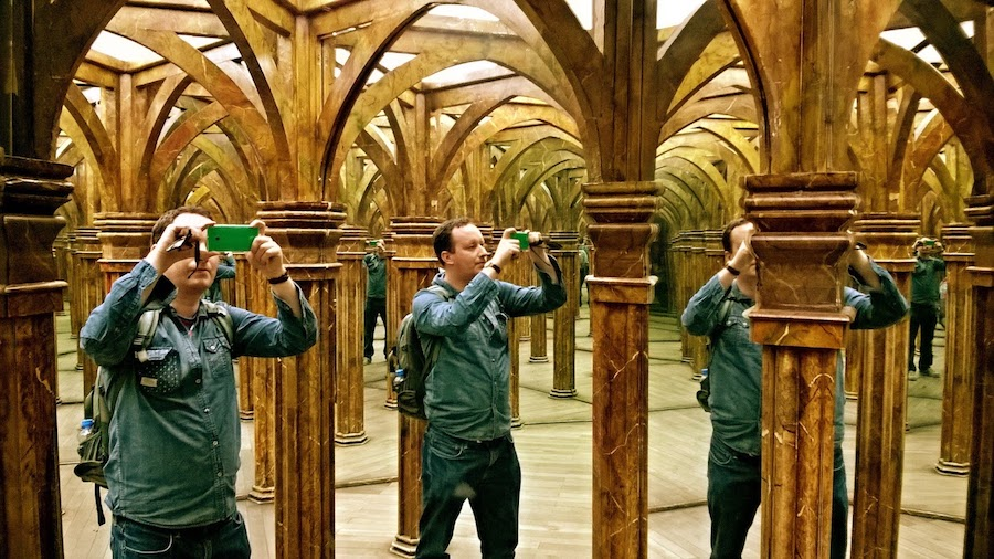 Mirror-Maze-Prague-Tres-Bohemes-4