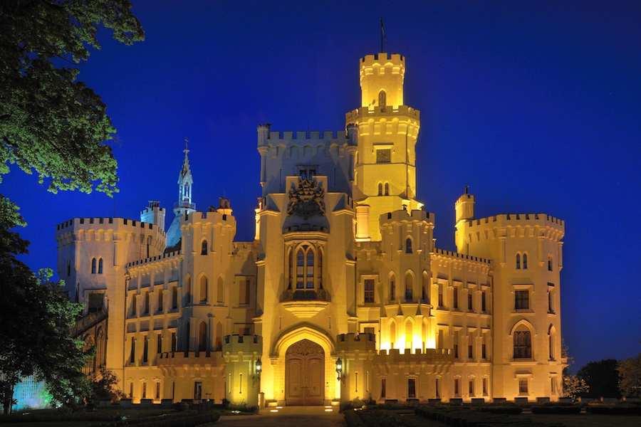 Hluboka-Castle-Tres-Bohemes-4