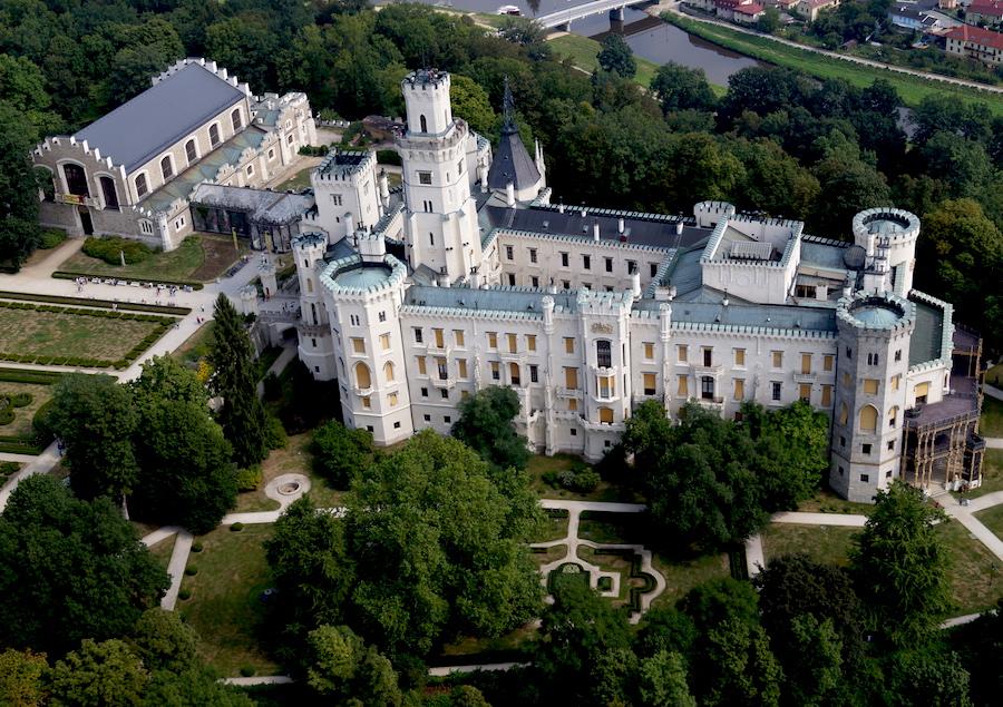 Hluboka-Castle-Tres-Bohemes-6
