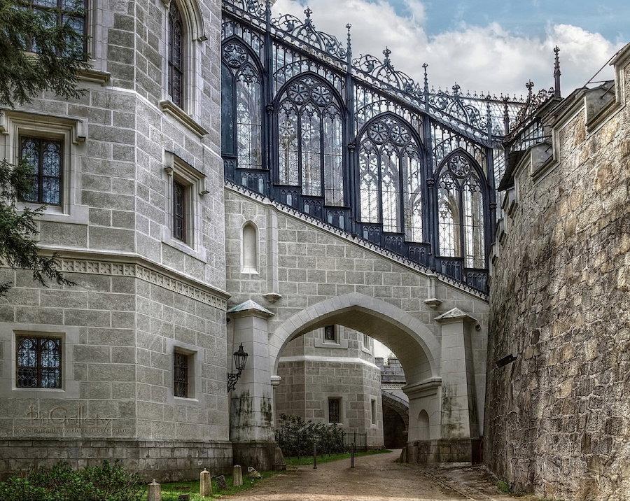 Hluboka-Castle-Tres-Bohemes-7