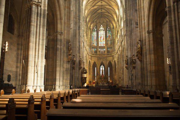 Pews-St-Vitus-Cathedral-Tres-Bohemes