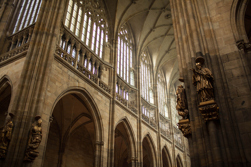 St-Vitus-Cathedral-Interior-Tres-Bohemes