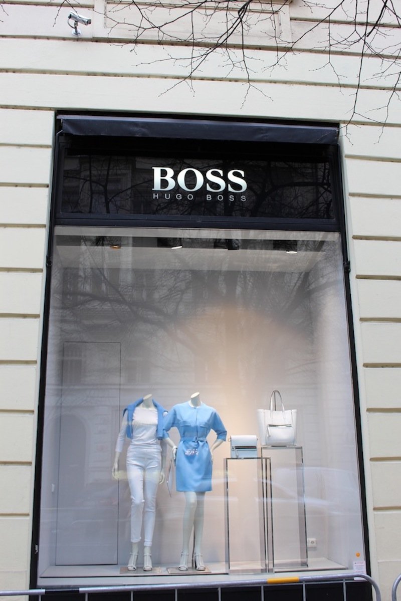 Hugo-Boss-Woman-Tres-Bohemes-3