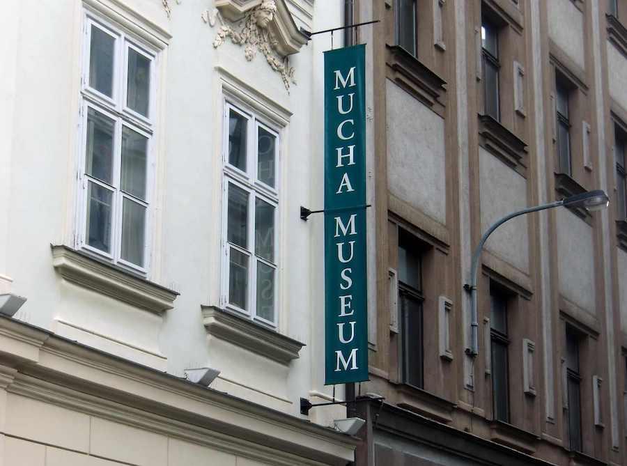 Mucha-Museum-Tres-Bohemes-2