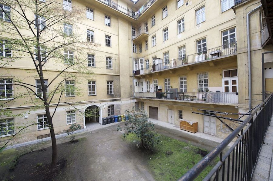 Prague-Apartment-Tres-Bohemes-7