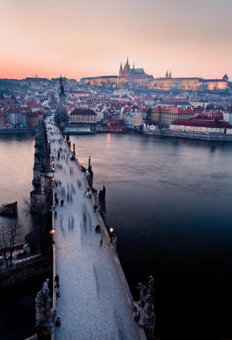 Magical-Photographs-of-The-Czech-Capital-Tres-Bohemes-20