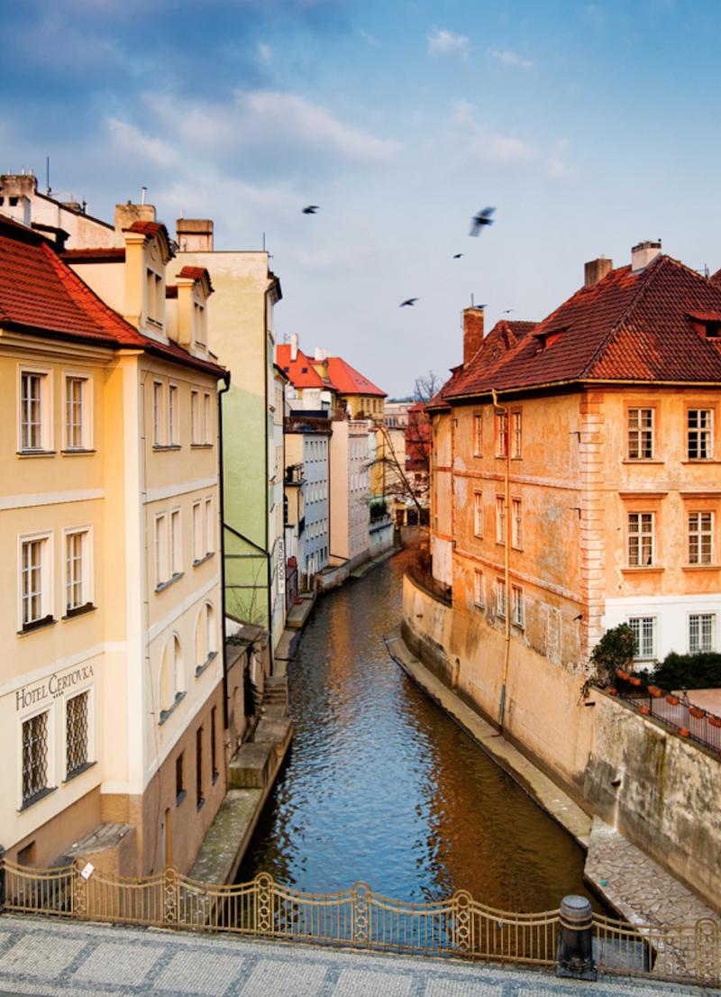 Magical-Photographs-of-The-Czech-Capital-Tres-Bohemes-34