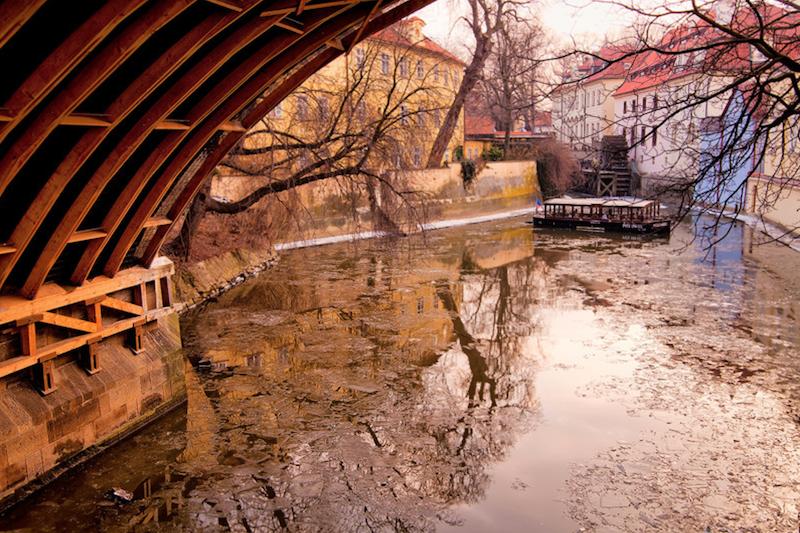 Magical-Photographs-of-The-Czech-Capital-Tres-Bohemes-35