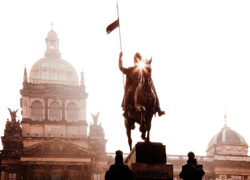 Magical-Photographs-of-The-Czech-Capital-Tres-Bohemes-49
