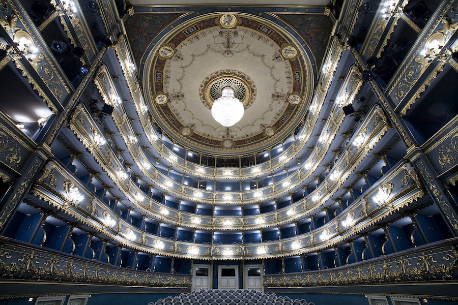 Stavovské-Divadlo-Tres-Bohemes-2