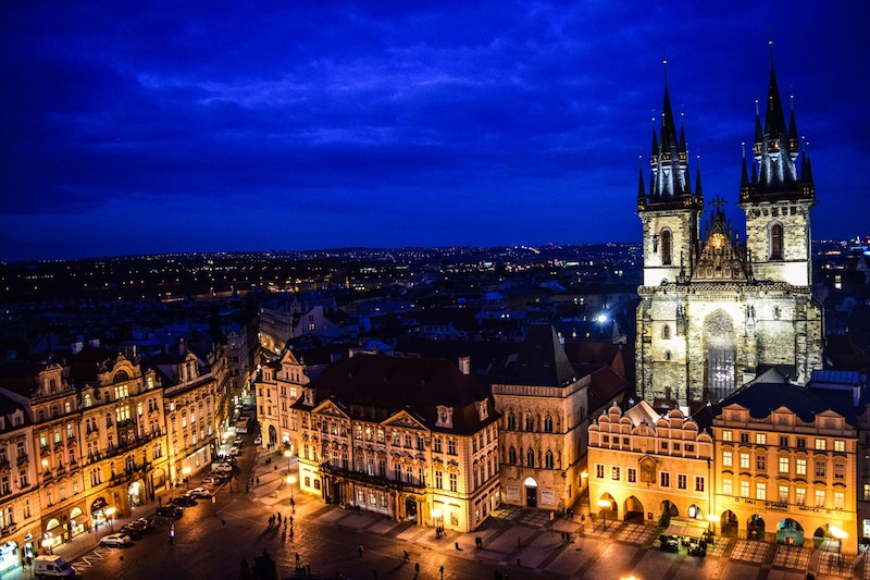 Midnight-In-Prague-Tres-Bohemes-3
