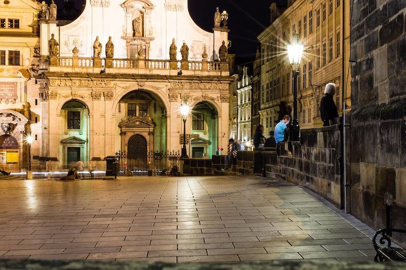 Midnight-In-Prague-Tres-Bohemes-4