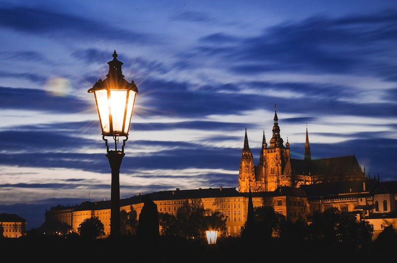 Midnight-In-Prague-Tres-Bohemes-8