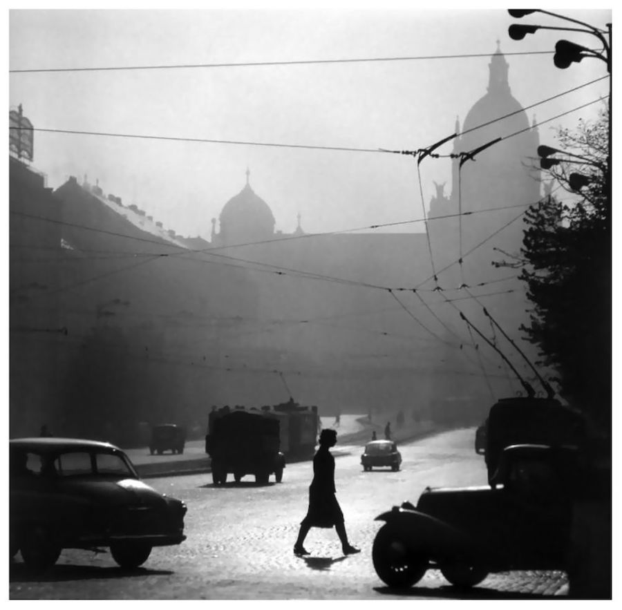Prague-in-Monochrome-Tres-Bohemes-15