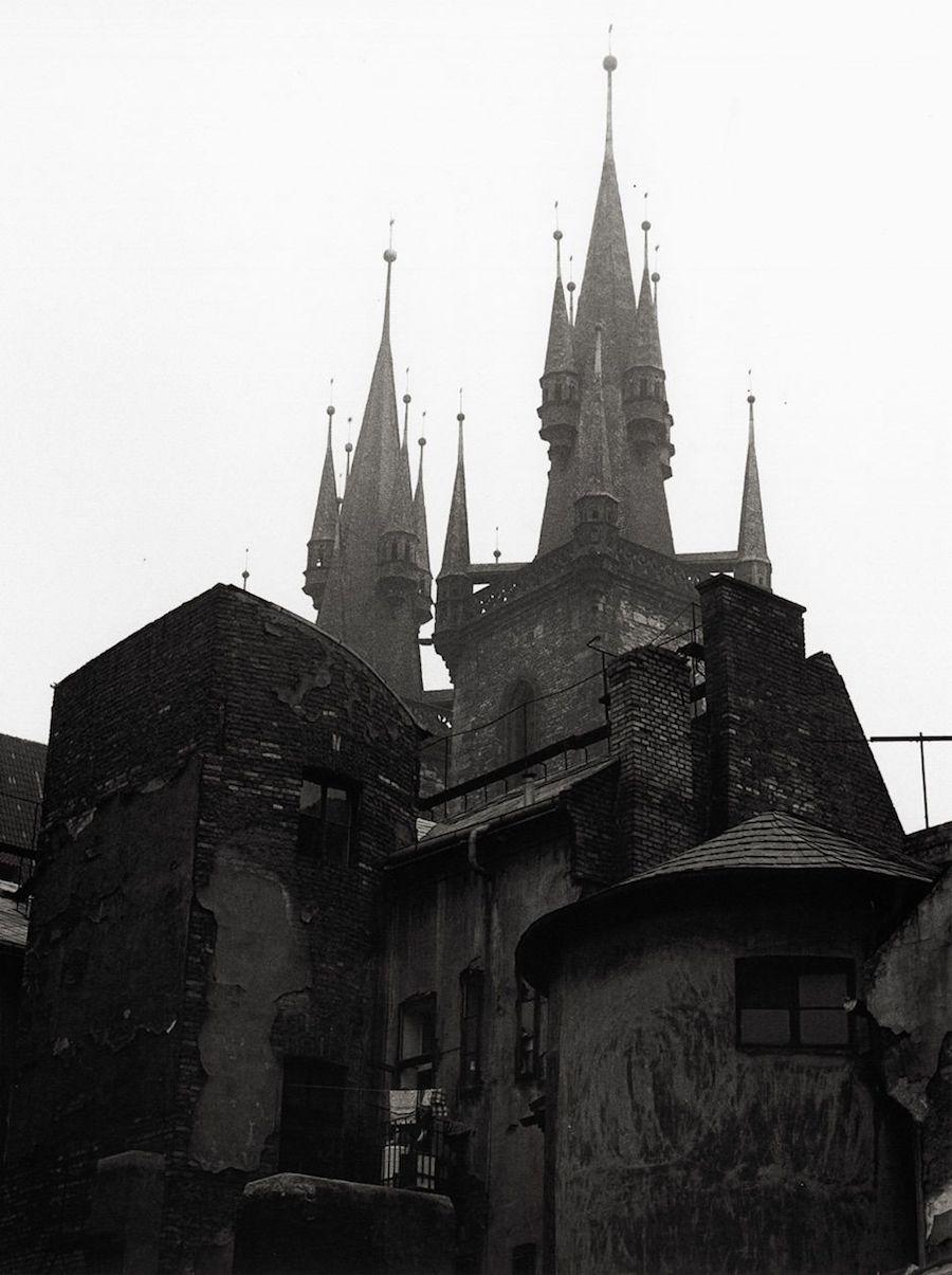 Prague-in-Monochrome-Tres-Bohemes-3