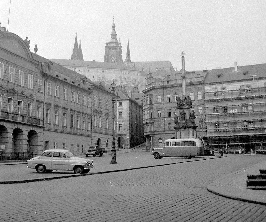 Prague-in-Monochrome-Tres-Bohemes-8