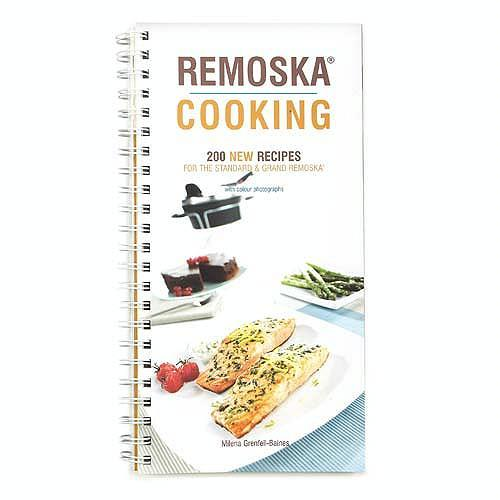 Cooking in a Czech Remoska