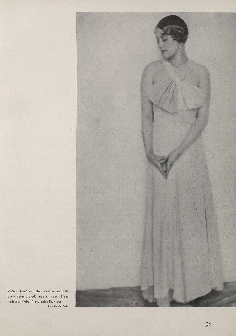 Dress Designs of Hana Podolská at TresBohemes