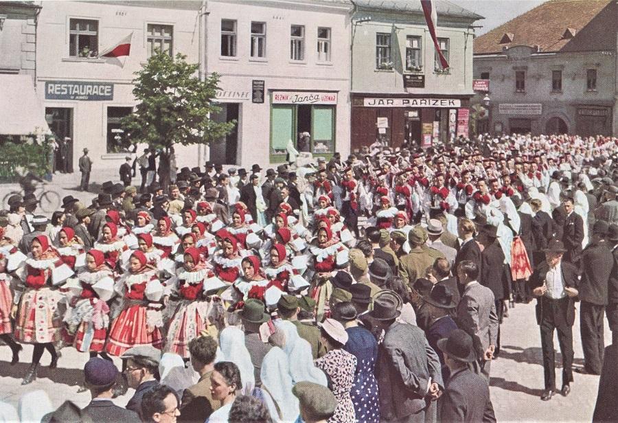 Czech kroje in 1938