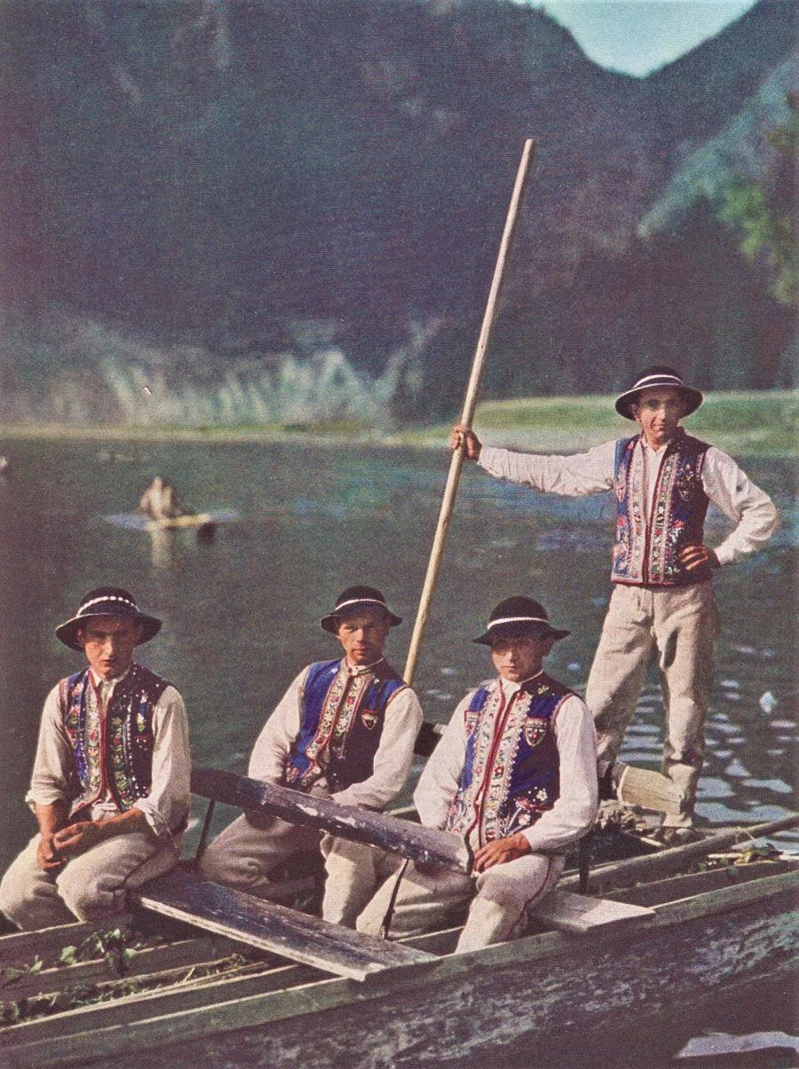 Dunajec Boatmen 1938