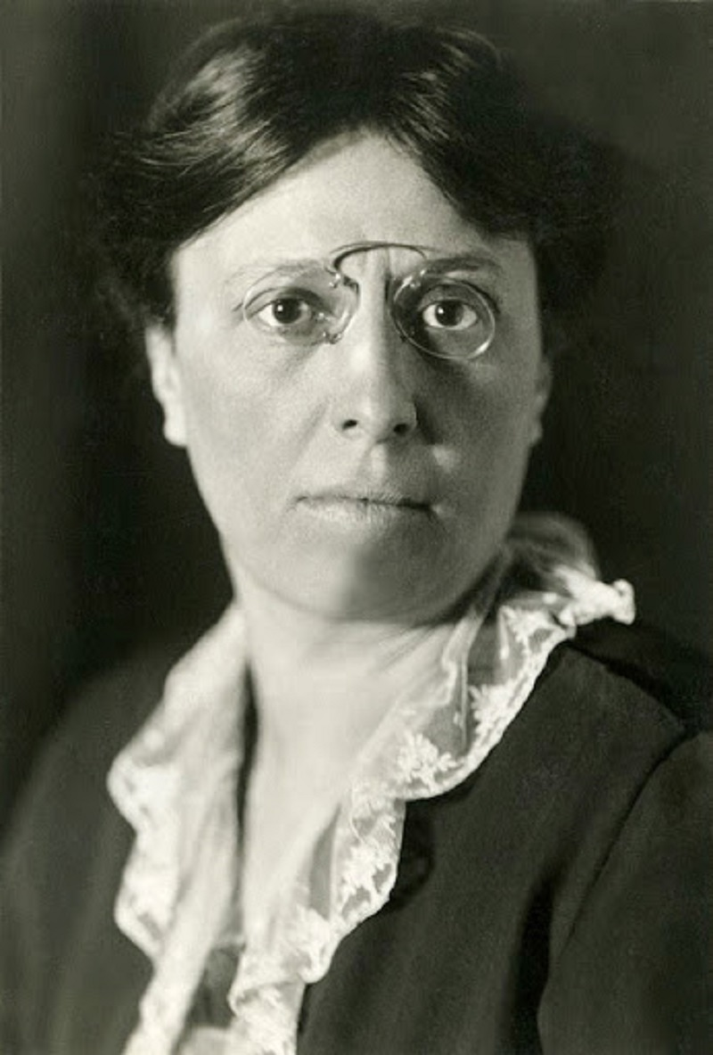 Alice Masaryk Arrested & Held in Prison