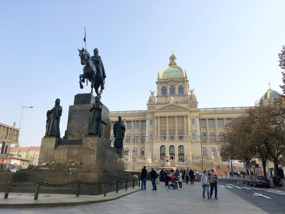 When-Wenceslas-Square-was-a-Horse-Market-Tres-Bohemes-2