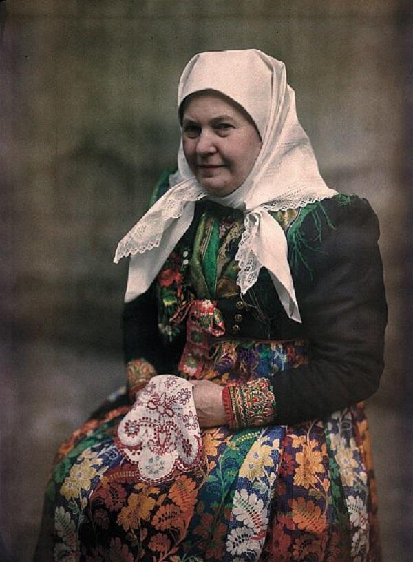 Earliest Czech Autochrome Photograph