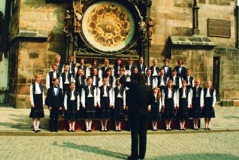 Bambini di Praga aka Czechoslovakian Children's Choir